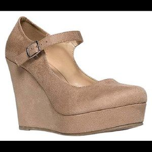 Soda Shoes - 💥SALE💥 NWOB Mary Jane Suede Wedges