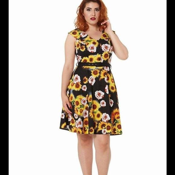 8a4087c2120c Voodoo Vixen Bianca Sunflower Rose Dress. M_58b4d7262599feb0fb0237e9