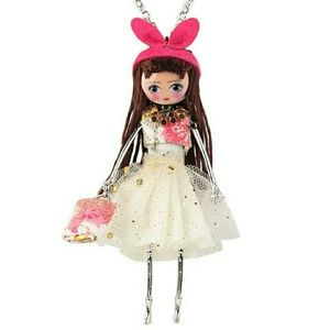 Wild Rose Boutique  Jewelry - Fashionista doll show-stopping statement necklace