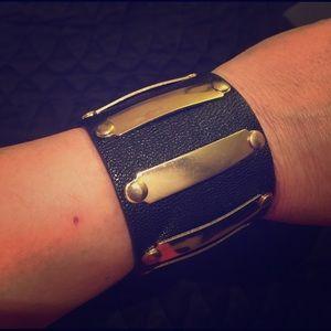 Jewelry - Gold bar faux leather cuff bracelet