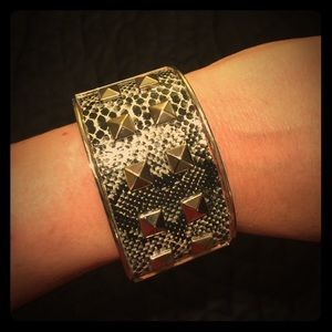 Jewelry - Snakeskin studded cuff with hinge