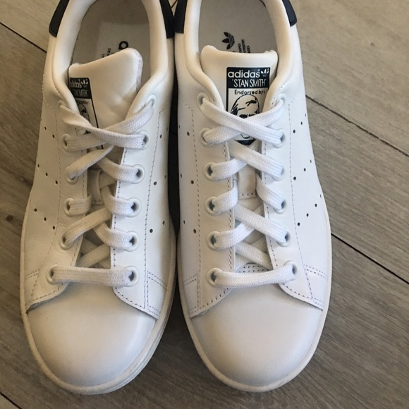 new arrival b6cd7 7a897 Adidas Stan Smith sneakers size 5 men, 6 women