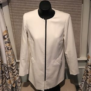 Katherine Barclay Jackets & Blazers - White long Blazer with zipper