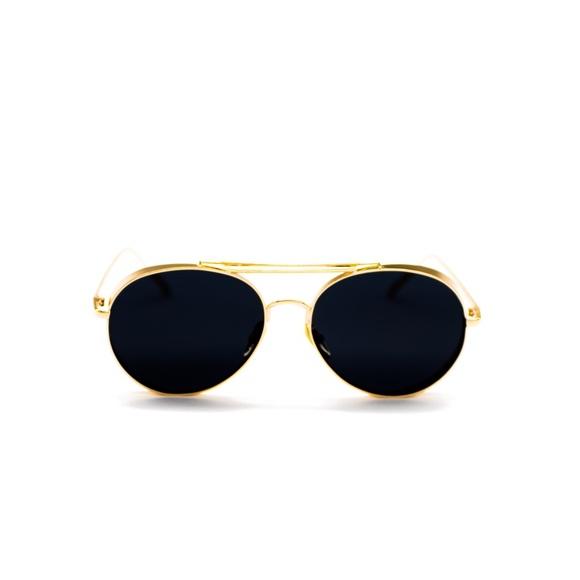 9e2d0c4f219 Luxed Eyewear s Closet ( luxedeyewear)