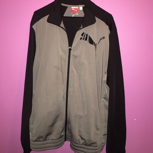 d9e9f216b225 Men s Black and Gray Puma Sweatsuit. M 58b4e5574127d07a560d1e3d