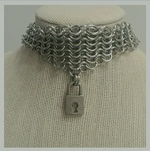 Jewelry - Chainmaille Lock Choker