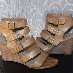 Le Crown Shoes - Gladiator Tan/ Nude  Wedges