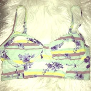 Kirra Tops - Pacsun Kirra crop top - XS