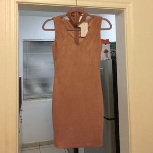 LF Dresses & Skirts - NWT LF micro suede bodycon mini dress with choker