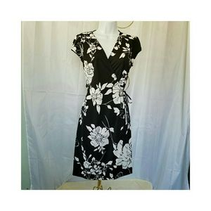 My Michelle Dresses & Skirts - ⬇MY MICHELLE BLACK & WHITE WRAP DRESS M NWOT