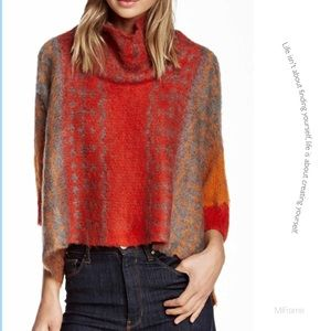 Vertigo Paris Sweaters - Like New Vertigo Splatter dolman sleeve sweater