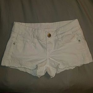 Size 3 Decree shorts