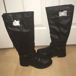 NWT Madden Girl Black Boots size 6.5