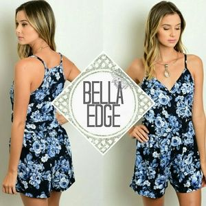 Bella Edge Pants - Navy blue floral vneck romper