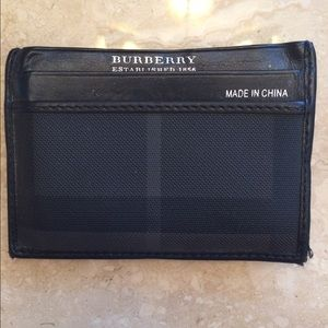 Burberry Other - AUTHENTIC BURBERRY CARD HOLDER