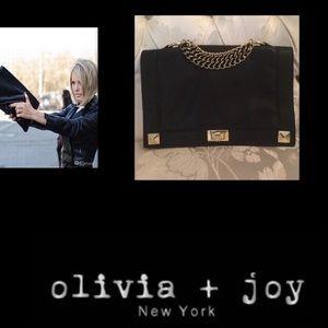 Olivia + Joy Handbags - 🦋Olivia + Joy🖤Go Ahead Make My Day Clutch🖤