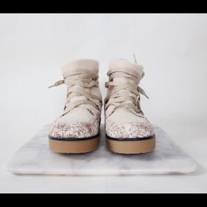 House of Harlow 1960 Shoes - 💰 SALE! House of Harlow Sadie winter boots. S 8