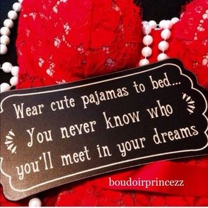 🌹 WELCOME TO MY BOUDOIR!