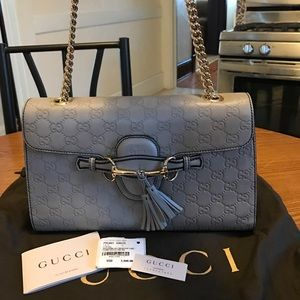 Gucci Handbags - 100% Authentic Gucci Emily Guccissima Leather Flap