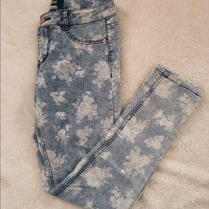 Rewash Denim - Size 10 skinny jeans!