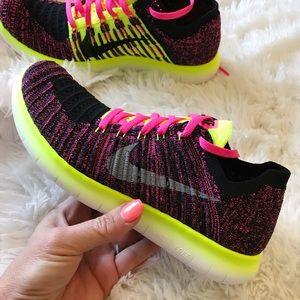 Nike Other - NWB 👣 NIKE FREE RUN FLYKNIT YOUTH SIZES