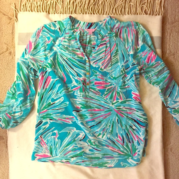 Lilly Pulitzer Tops - LILLY PULITZER SILK BLOUSE