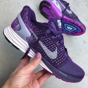 Nike Shoes - NWOB ☔️ LUNAR GLIDE W/ H20 REPEL WOMENS SIZES