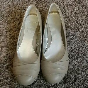 Madeline Stuart Shoes - Small heel flats