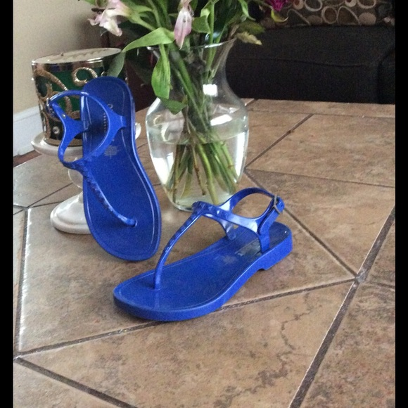 f45abd8f86c8db Girls old navy gladiator jelly sandals. M 58b5da56d14d7b219f1008b4