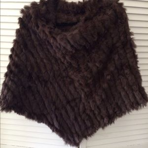 Tops - Very soft and knitted fur shawl