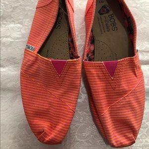 Bob's flat shoes