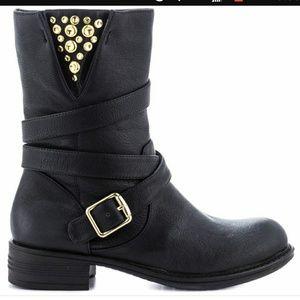 Zion Black boots