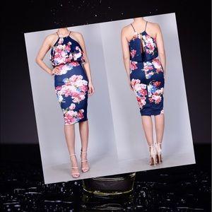 Dresses & Skirts - Floral Ruffle Midi Dress