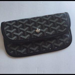 Goyard Handbags - New GOYARD Paris monogram pouch