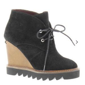 NEW BCBGeneration Nariska Wedge Bootie Black  5.5
