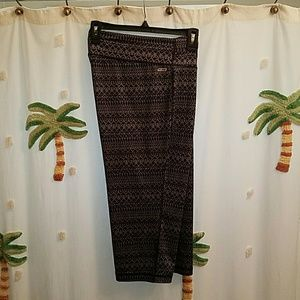 Danskin Pants - *Bundle* DANSKIN ladies capri & XL sports bra