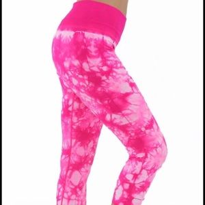 Electric Yoga Pants - 🎉Flash Sale🎉Hot Pink Tie Dye Capri's