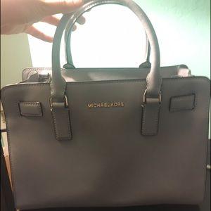 Michael Kors Handbags - Michael Kors Grey Selma Crossbody