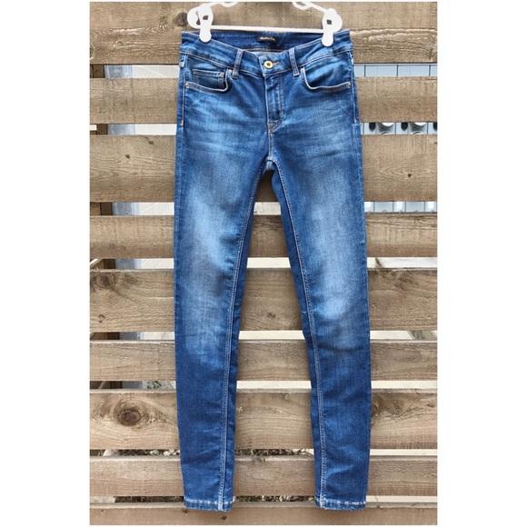 542dc25319e Massimo Dutti Skinny Jeans Size US 2. M 58b613e96a5830d6c801eeea