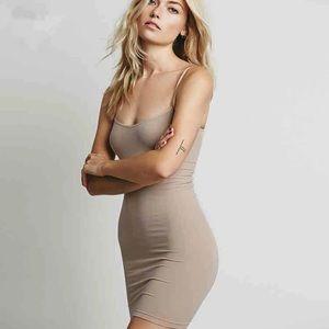 Dresses & Skirts - Tea Length Slip DRESS Black NEW