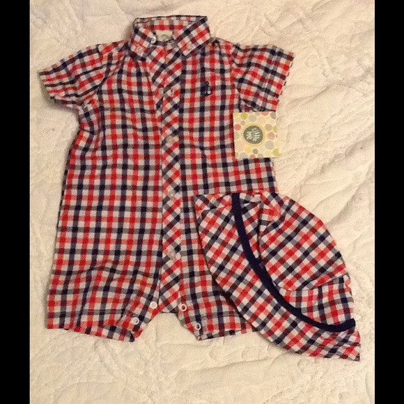 66a2568a2b6 Baby Boy sun romper with matching hat. NWT. Little Me