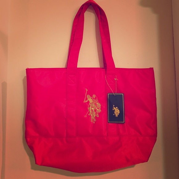 2b1107c09d NWT U.S. Polo Assn. - Red Nylon Tote w  Gold Logo