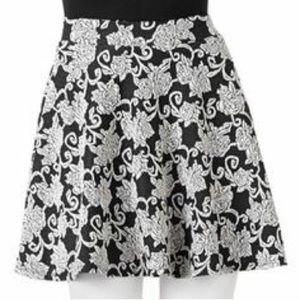 Joe B Dresses & Skirts - 🎉HPx2🎉 Floral Skater Skirt
