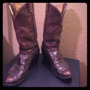 Tony Lama Shoes - Used Tony Lama brown boots size 9D
