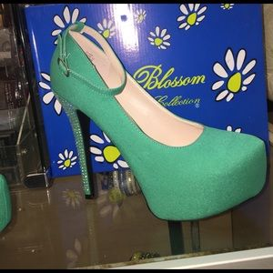 Blossom  Shoes - Blossom high heels 👠 new