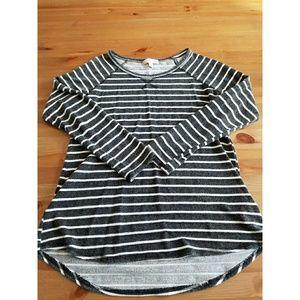 Kenar Tops - Kenar Black and White Stripe Long Tunic SZ M