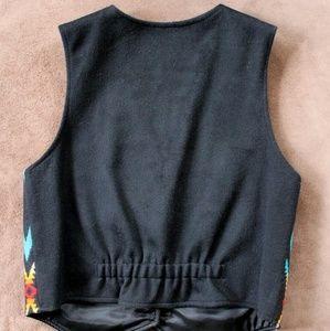 Pendleton Jackets & Coats - Pendleton Tribal Pattern Ladies Vest, Western Wear