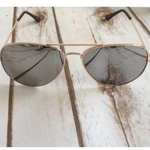 Boutique Accessories - Mirrored Aviators Grey/Gold