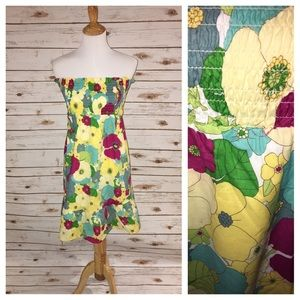 Love Stitch Dresses & Skirts - 💖💖LoVe Stitch Strapless Flowered Dress S 🌼🌼