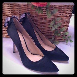 Enzo Angiolini Shoes - 🏆2XHP🏆ENZO ANGIQLINI BLACK SATIN HEELS